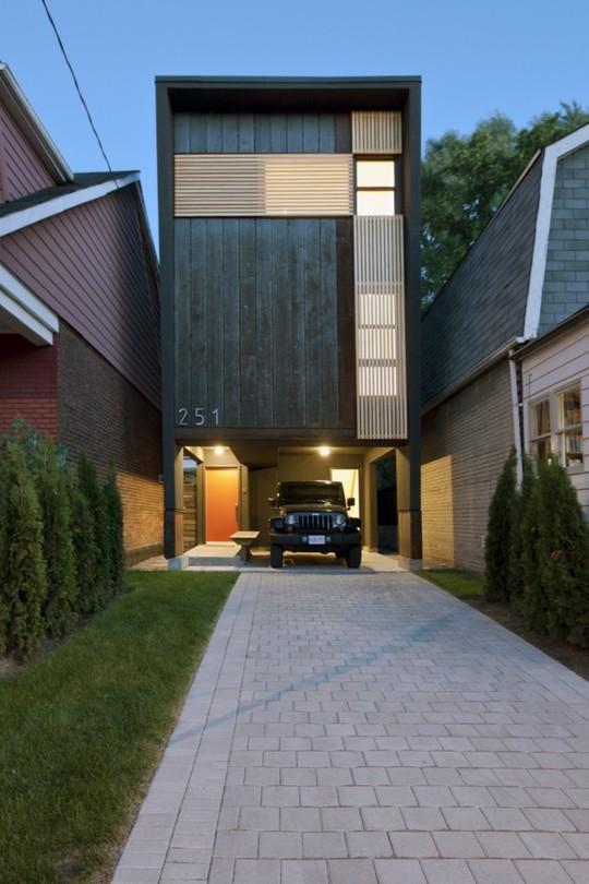 Ngôi nhà nhỏ nhưng mang phong cách mạnh mẽ, phong trần.