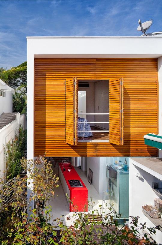 Không gian mở kết hợp với chất liệu gỗ.