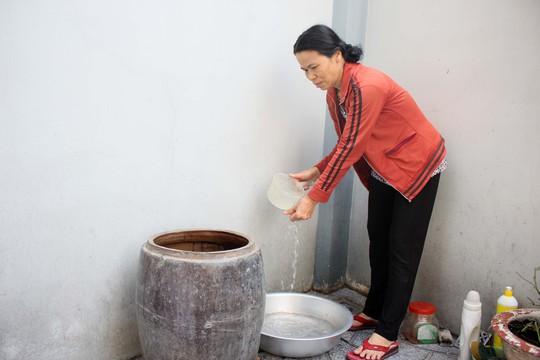 Việc được sử dụng nước sạch và mua đồng giá là mong muốn của người dân TP HCMẢnh: HOÀNG TRIỀU
