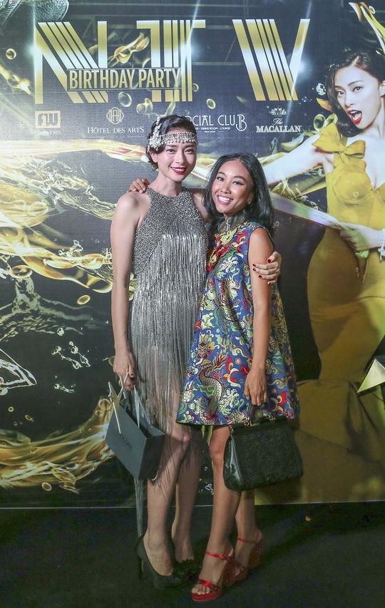cùng với ca sĩ Đoan Trang