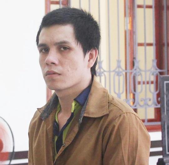 Bị cáo Lương Văn Lý, người bán thiếu nữ sang Trung Quốc, tại tòa