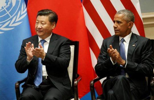 Ông Tập Cận Bình và ông Obama thảo luận trước thềm G20. Ảnh: Reuters