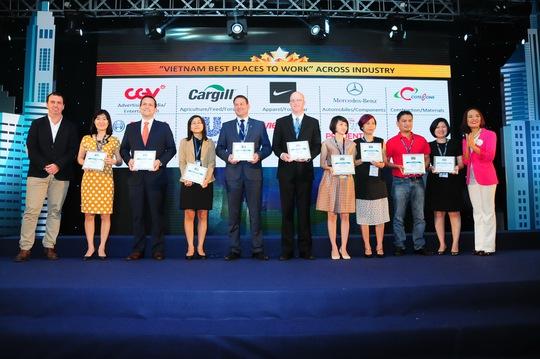 Các doanh nghiệp được vinh danh tại lễ công bố Nơi làm việc tốt nhất Việt Nam diễn ra ngày 11-3 vừa qua