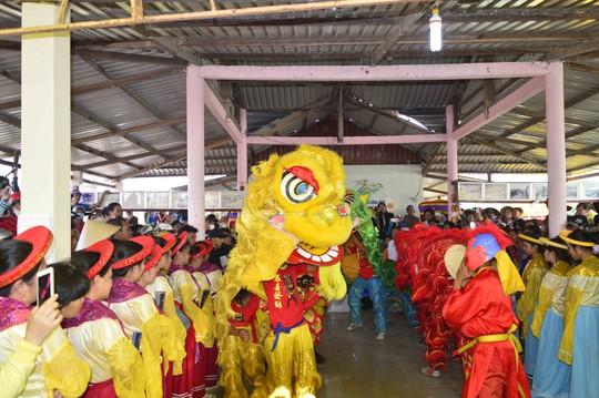 Đây là dịp để 3 dân tộc Kinh- Hoa- Khmer thể hiện ước nguyện mưa thuận, gió hòa