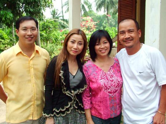 NS Hoàng Sơn, Hà Linh, Uyên Thảo và đạo diễn Kim Loan (vợ của đạo diễn Trần Cảnh Đôn)