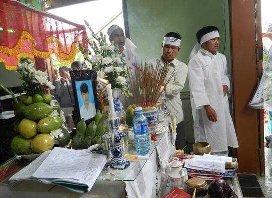 Em Trần Duy Khánh hy sinh tính mạng để cứu bạn cùng lớp