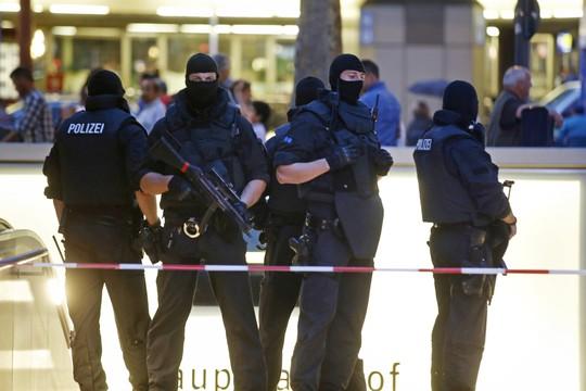 Lực lượng đặc nhiệm Đức canh gác ở Munich Ảnh: Reuters
