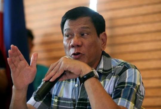 Tổng thống Duterte tuyên bố muốn mua vũ khí Trung Quốc nhưng theo một số chuyên gia phân tích, tuyên bố này chỉ là một lời nói suông. Ảnh: Reuters