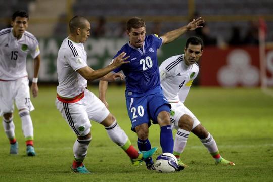 Honduras (giữa) không còn hy vọng ở vòng loại World Cup nhưng lại có trận đấu định đoạt vé thứ 2 sau Mexico vào vòng tranh vé dự World Cup 2018