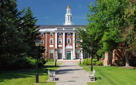 Harvard tiếp tục là trường ĐH tốt nhất thế giới