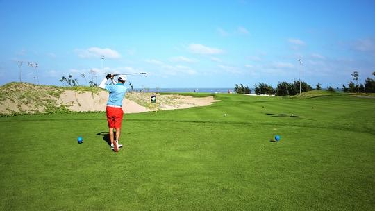 Sân golf FLC Bình Định nằm ngay cạnh cửa biển, có tốc độ gió rất cao từ cả hai hướngẢnh: NGỌC LINH