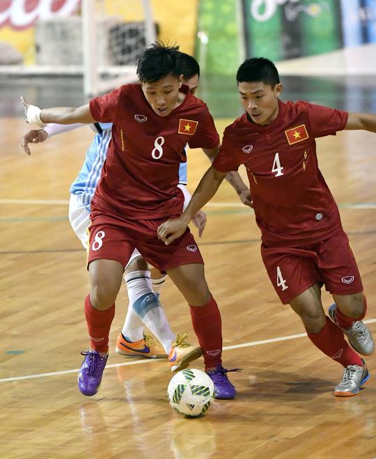 Tuyển futsal Việt Nam đã gây bất ngờ lớn cho Argentina trong lần tái ngộ