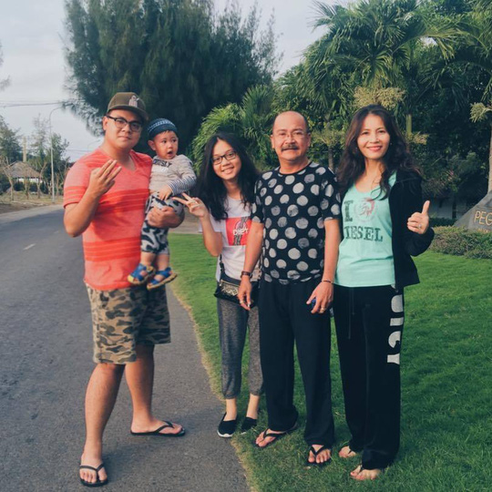Gia đình NS Hoàng Sơn