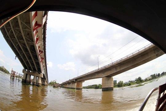 2 hướng của cầu Bình Triệu