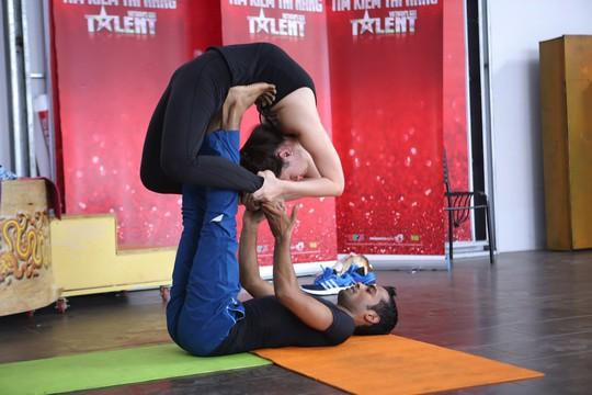 Gaurav Sharma và bạn diễn
