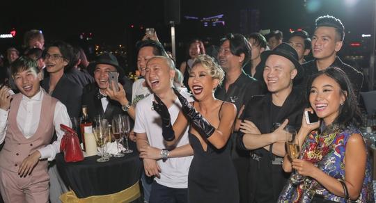 Bạn bè dự sinh nhật Ngô Thanh Vân