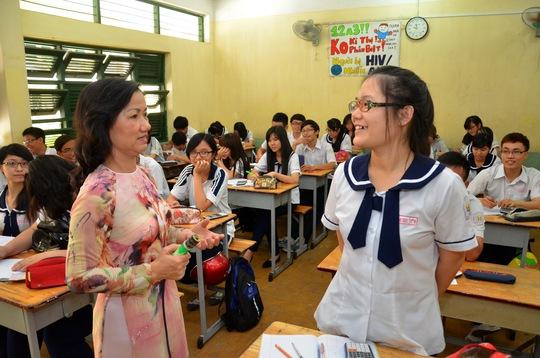 Số ứng viên thi tuyển vào vị trí giáo viên THPT tại TP HCM tăng cao dù nhu cầu tại các trường đã ổn định Trong ảnh: Một giờ học tại Trường THPT Hùng Vương (quận 5)Ảnh: TẤN THẠNH