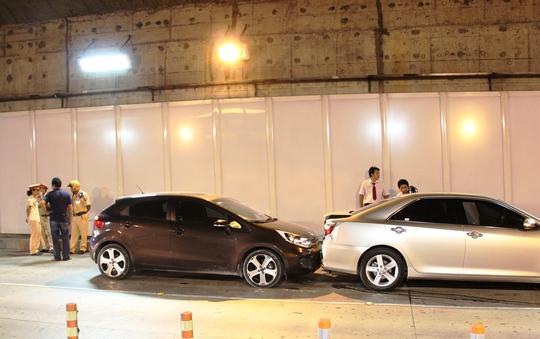 2 trong số 3 phương tiện bị dính chùm vào nhau tại hiện trường
