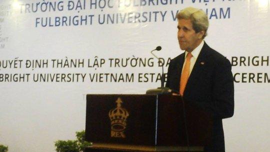 Ngoại trưởng Mỹ Kerry phát biểu tại buổi lễ