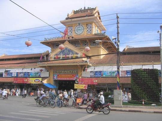Chợ Bình Tây - nơi có đông người Hoa kinh doanh buôn bán