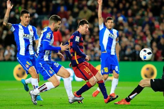 Chức vô địch La Liga chỉ cách Messi và đồng đội 2 trận thắng nữa