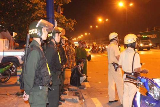Lực lượng công an trong một lần ra quân trấn áp đua xe tại TP HCM. Ảnh: Thành Đồng