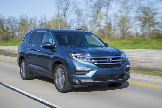10 xe hơi dành cho gia đình tốt nhất năm 2016