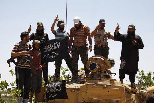 Phiến quân Mặt trận Al-Nusra còn nguy hiểm hơn IS. Ảnh: Reuters