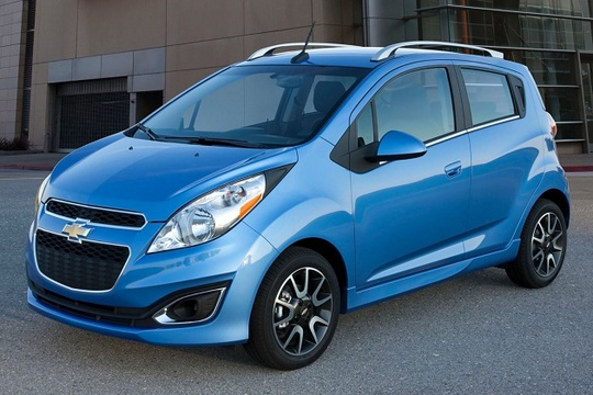 Chervrolet Spark đang là chiếc xe hơi rẻ nhất thị trường Việt Nam
