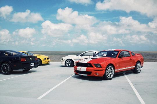 Những chiếc xe mô hình này được anh Phương chụp trong một lần đi du lịch với gia đình, tạo nên khung cảnh như một bãi xe thật ngoài trời nếu không nhìn kỹ.