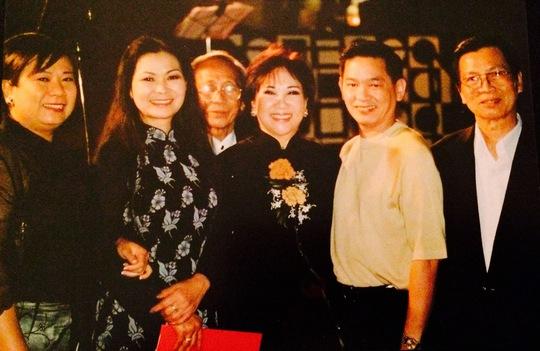 Nhạc sĩ Nguyễn Ánh 9 và các ca sĩ hải ngoại