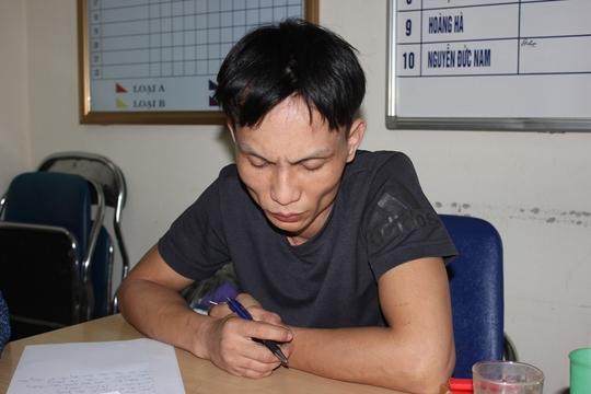 ... Nguyễn Việt Dũng tại cơ quan công an