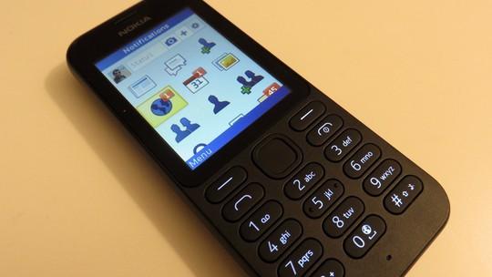 Nokia 215 được người dùng ưa chuộng