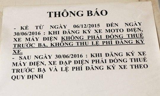 Bảng thông báo được dán tại Đội CSGT quận 3, TP HCM