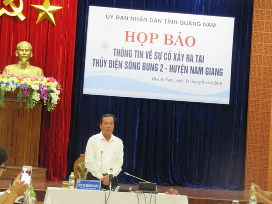 Ông Huỳnh Khánh Toàn, PCT thường trực UBND Quảng Nam, phát biểu họp báo