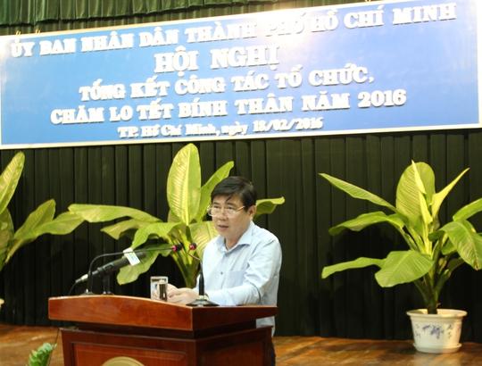 Chủ tịch UBND TP Nguyễn Thành Phong chấn chỉnh công tác cán bộ trong cuộc họp tổng kết chăm lo Têt