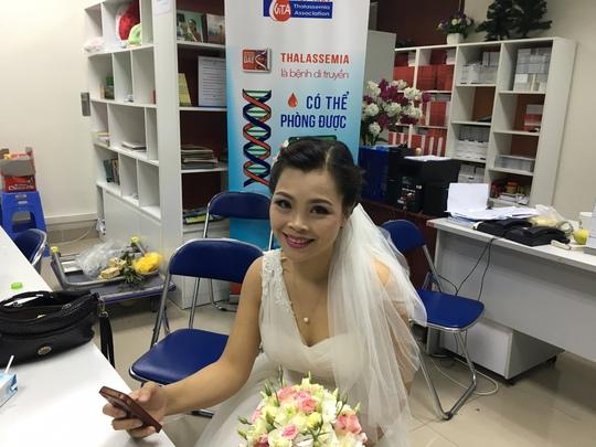 Cô dâu bệnh nhân Thiên Hương trước giờ cử hành hôn lễ đặc biệt