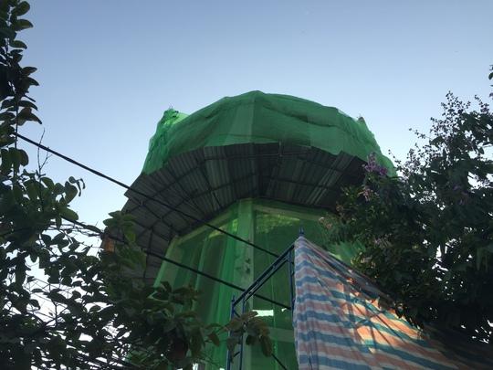 Chiếc thủy đài bỏ hoang trên đường Tô Ký (quận 12, TP HCM) đã chính thức tháo bỏ
