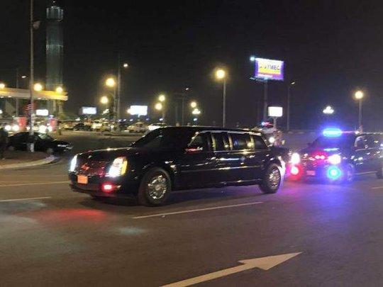 Chuyên xa của Tổng thống Mỹ đang tiến tới sân bay Nội Bài