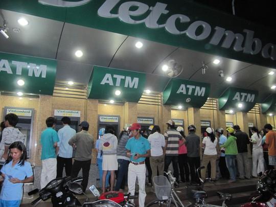 NHNN yêu cầu các NH thương mại tiếp quỹ máy ATM kịp thời trong dịp lễ