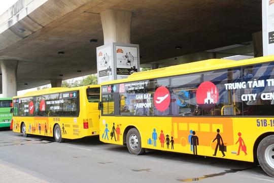 Tuyến xe buýt số 49 là tuyến xe chất lượng cao thứ 2 chạy vào sân bay Tân Sơn Nhất sau tuyến xe buýt số 109