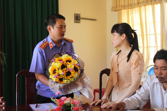Liên quan vụ việc, các ngành chức năng huyện Nhơn Trạch đã phải xin lỗi bà Ngọc