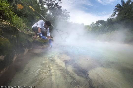 Sông Shanay-timpishka. Ảnh: Devlin Gandy