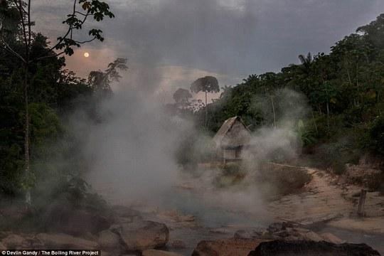 Con sông này được xem là huyền thoại ở Peru. Ảnh: Devlin Gandy