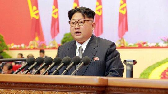 Chủ tịch Triều Tiên Kim Jong-un phát biểu trong đại hội đảng hôm 8-5. Ảnh: AP