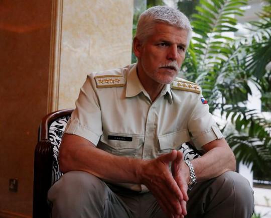 Tướng Petr Pavel - Chủ tịch Ủy ban Quân sự NATO Ảnh: REUTERS