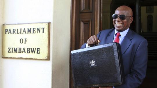 Trung Quốc đã cam kết hỗ trợ 46 triệu USD để xây tòa nhà quốc hội mới cho Zimbabwe. Ảnh: QZ