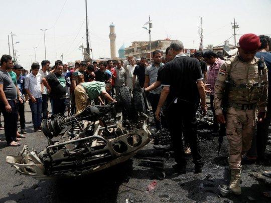 Hiện trường vụ đánh bom khiến ít nhất 64 người thiệt mạng. Ảnh: Reuters