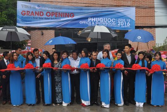 IETSOLUTIONS đã chính thức khai trương công ty thành viên tại đảo ngọc Phú Quốc vào ngày 15-6.