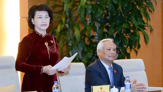 Chủ tịch QH Nguyễn Thị Kim Ngân lo ngại Việt Nam đang trở thành bãi thải công nghệ của thế giới - Ảnh: Nguyễn Nam